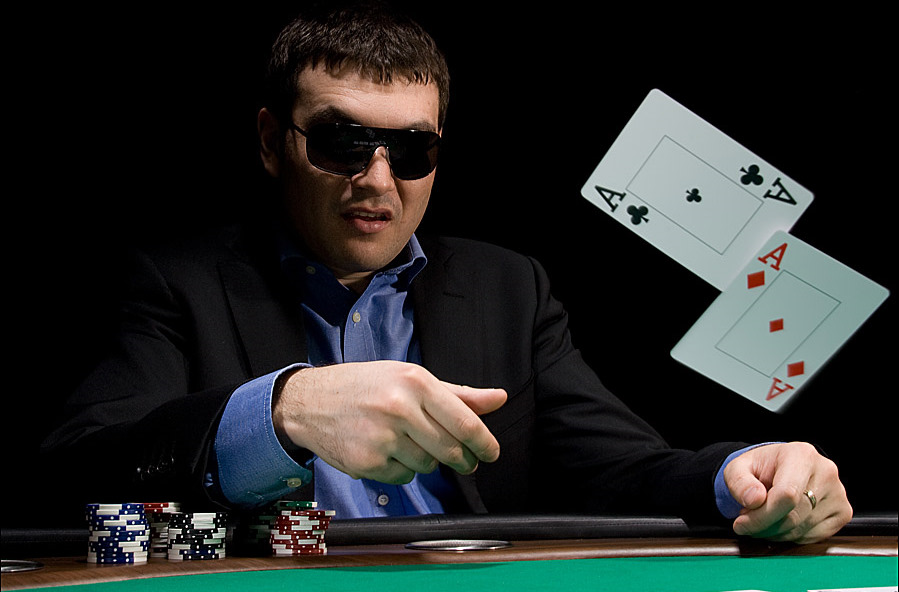 как выигрывать в покере онлайн